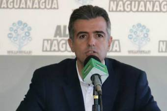 Alejandro Feo la Cruz (VP) Actual Alcalde de Naguanagua (Abogado)