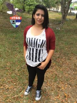 Candidata a Reina de las Flores 3ro B.T.P. Contaduria Scarleth Zapata