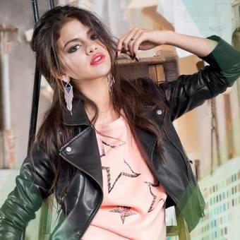"""Su Nombre Real Es """"Selena Marie Gomez"""" Mejor Conocida Como """"Selena Gomez"""""""