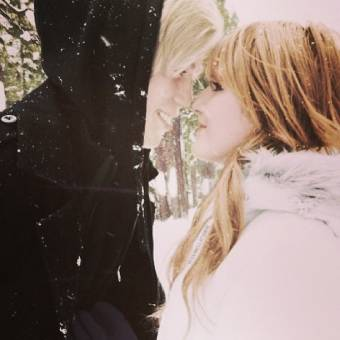 Bella Thorne. 9