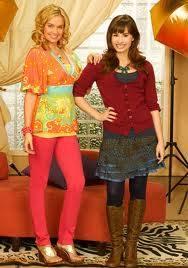 Tiffany Thornton y Demi Lovato de Sunny entre Estrellas