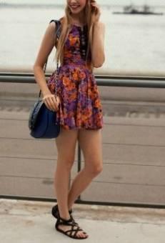 Que me deciis de los vestidos de floress!!! Són muy bonitos y romanticos. Usalos para salir en alguna cita o con tus amigas.