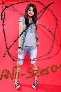 ANTI-SELENA FOREVER!!