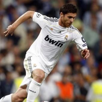 Xabi Alonso-(Real Madrid)