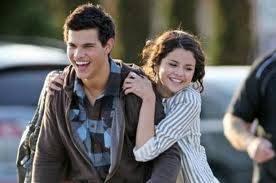 Taylena (Taylor Lautner y Selena♥)