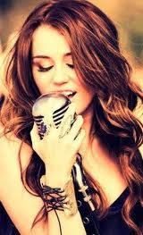 Miley Cruz (smilers)