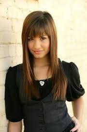 Demi Lovato : Pelo liso