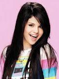 Selena Gomez Algo Linda