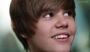 """Ayyyy q h0orr0or miren esa naris ancha q asc0o ay Justin eres un hij0o de %#!:$%""""........... juajaja."""