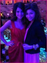 Selena:Talentosa,Bonita,Buena Cantante,Buena Bailarina
