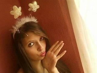 Marnyhe Coronado - 17 años - Quito
