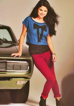 Selena Gomez (Selenaticas)