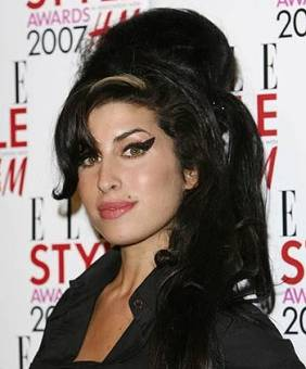 Amy Winehouse - Black To Black