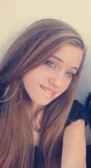 Yana es más linda que Vicky
